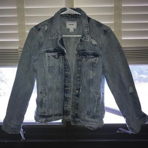 New Old Navy Distressed Jean Jacket